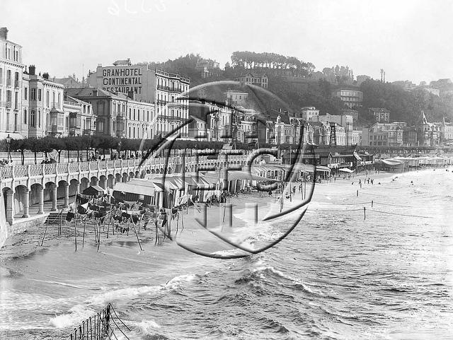 Plenamar en San Sebastián. (Institut d'Estudis Fotogràfics de Catalunya)