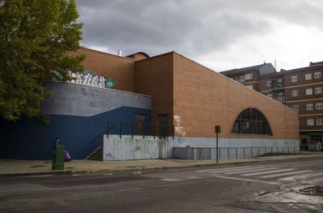 La reapertura de las piscinas del campus implantar siete for Piscinas ponferrada