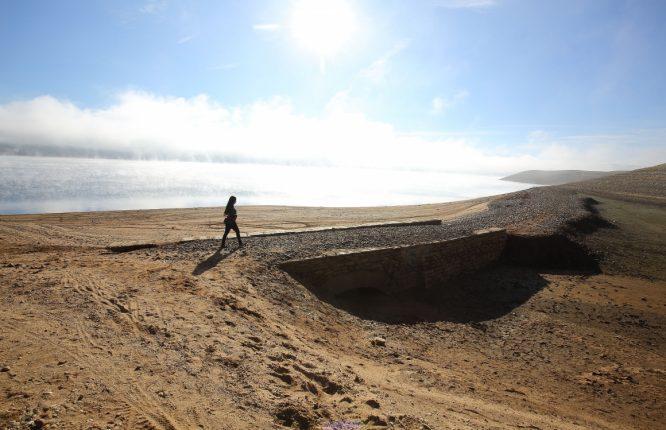 Bajo nivel de agua en el embalse de Bárcena del Bierzo. / C. Sánchez