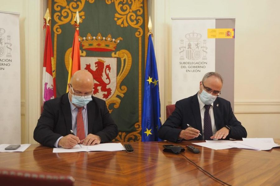 Firma protocolo Viogen Faustino Sánchez Olegario Ramón